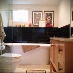 Фото Интерьер ванной комнаты совмещенной с туалетом - 22052017 - пример - 010