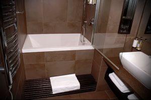 Фото Интерьер ванной комнаты совмещенной с туалетом - 22052017 - пример - 017