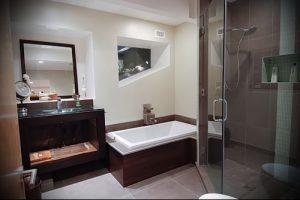 Фото Интерьер ванной комнаты совмещенной с туалетом - 22052017 - пример - 022