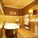 Фото Интерьер ванной комнаты совмещенной с туалетом - 22052017 - пример - 028
