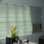 фото Жалюзи на окнах в интерьере от 08.08.2017 №093 - Blinds on windows in interior