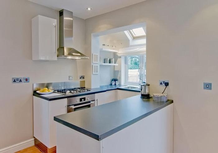 фото Интерьер маленькой кухни от 27.12.2017 №005 - Interior of a small kitchen - 2018