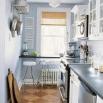 фото Интерьер маленькой кухни от 27.12.2017 №073 - Interior of a small kitchen - 2018