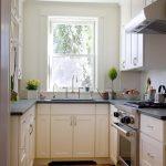фото Интерьер маленькой кухни от 27.12.2017 №080 - Interior of a small kitchen - 2018
