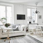 фото Белый интерьер квартиры от 27.03.2018 №084 - White interior of the - design-foto.ru