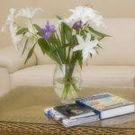 фото Искусственные цветы в интерьере от 26.03.2018 №008 - Artificial flowe - design-foto.ru