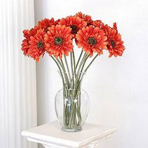 фото Искусственные цветы в интерьере от 26.03.2018 №038 - Artificial flowe - design-foto.ru