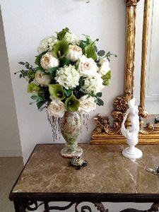 фото Искусственные цветы в интерьере от 26.03.2018 №059 - Artificial flowe - design-foto.ru