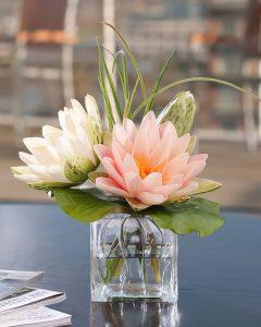 фото Искусственные цветы в интерьере от 26.03.2018 №061 - Artificial flowe - design-foto.ru