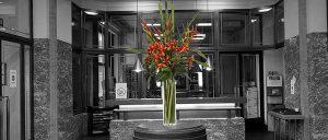 фото Искусственные цветы в интерьере от 26.03.2018 №079 - Artificial flowe - design-foto.ru
