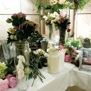 фото Искусственные цветы в интерьере от 26.03.2018 №093 - Artificial flowe - design-foto.ru
