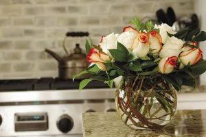 фото Искусственные цветы в интерьере от 26.03.2018 №099 - Artificial flowe - design-foto.ru