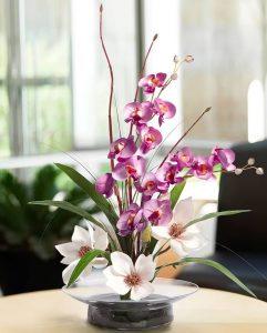 фото Искусственные цветы в интерьере от 26.03.2018 №113 - Artificial flowe - design-foto.ru 252342523