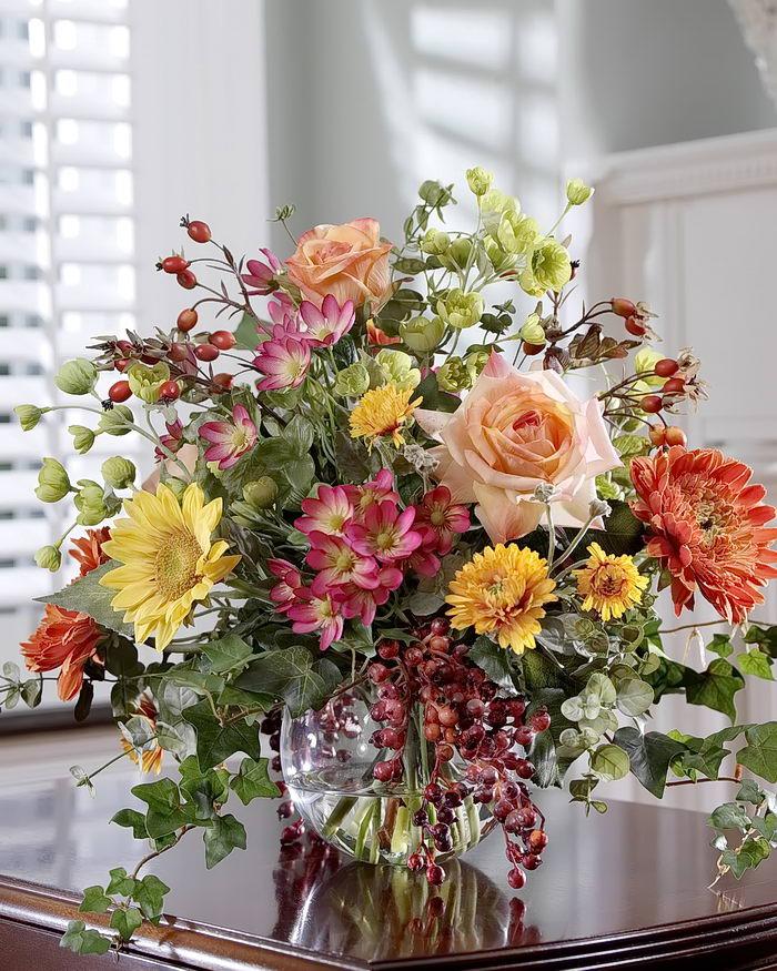 Фото с искусственными цветами