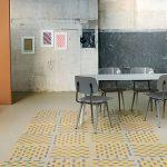 фото Линолеум в интерьере от 27.03.2018 №046 - Linoleum in the interior - design-foto.ru