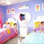 Фото Интерьер комнаты для девочки 20.06.2019 №376 - Interior room for girl - design-foto.ru