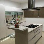 Фото Интерьер кухни в частном доме 06.02.2019 №050 - Kitchen interior - design-foto.ru