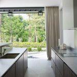 Фото Интерьер кухни в частном доме 06.02.2019 №068 - Kitchen interior - design-foto.ru
