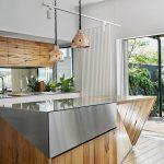 Фото Интерьер кухни в частном доме 06.02.2019 №129 - Kitchen interior - design-foto.ru