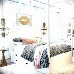 Фото Интерьер подростковой комнаты 26.06.2019 №318 - Interior teen room - design-foto.ru