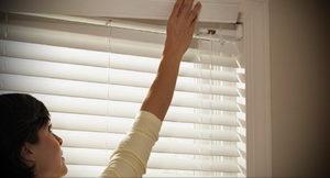 горизонтальные жалюзи в интерьере 19.09.2019 №024 - horizontal blinds in t - design-foto.ru