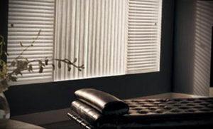 горизонтальные жалюзи в интерьере 19.09.2019 №027 - horizontal blinds in t - design-foto.ru