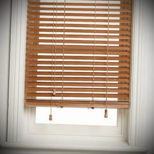 деревянные жалюзи в интерьере 19.09.2019 №002 - wooden blinds in the int - design-foto.ru