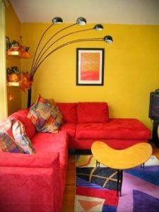 желтый цвет в интерьере гостиной 09.10.2019 №016 -yellow in interior- design-foto.ru