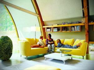 желтый цвет в интерьере гостиной 09.10.2019 №038 -yellow in interior- design-foto.ru