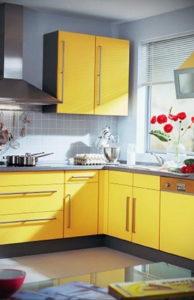 желтый цвет в интерьере кухни 09.10.2019 №003 -yellow in interior- design-foto.ru
