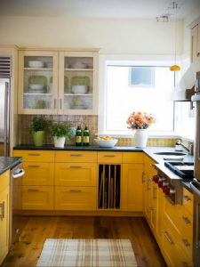 желтый цвет в интерьере кухни 09.10.2019 №019 -yellow in interior- design-foto.ru