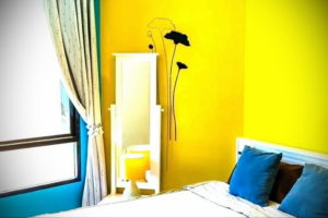 желтый цвет в интерьере спальни 09.10.2019 №027 -yellow in interior- design-foto.ru