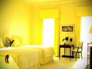 желтый цвет в интерьере спальни 09.10.2019 №034 -yellow in interior- design-foto.ru