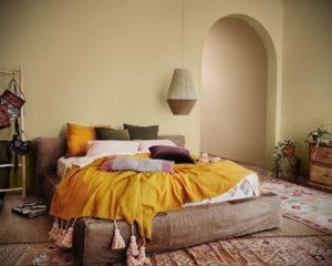 желтый цвет в интерьере спальни 09.10.2019 №040 -yellow in interior- design-foto.ru