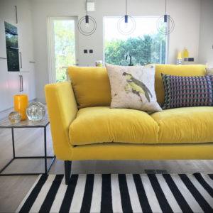 желтый цвет стен в интерьере 09.10.2019 №020 -yellow in interior- design-foto.ru
