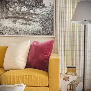 желтый цвет стен в интерьере 09.10.2019 №027 -yellow in interior- design-foto.ru