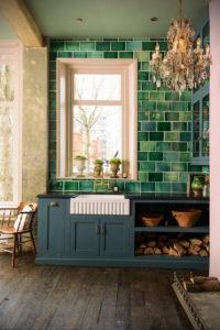 зеленая кухня в интерьере 06.10.2019 №014 -green in the interior- design-foto.ru