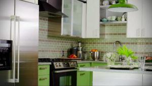 зеленая кухня в интерьере 06.10.2019 №018 -green in the interior- design-foto.ru