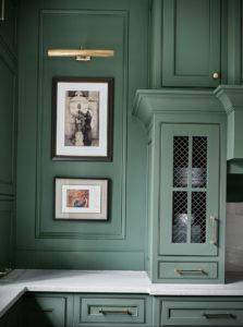 зеленая кухня в интерьере 06.10.2019 №046 -green in the interior- design-foto.ru