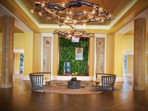 зеленая стена в интерьере 06.10.2019 №023 -green in the interior- design-foto.ru