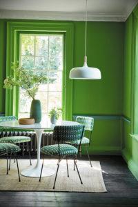 зеленые обои в интерьере 06.10.2019 №006 -green in the interior- design-foto.ru