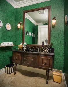 зеленые обои в интерьере 06.10.2019 №025 -green in the interior- design-foto.ru