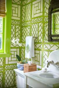 зеленые обои в интерьере 06.10.2019 №031 -green in the interior- design-foto.ru