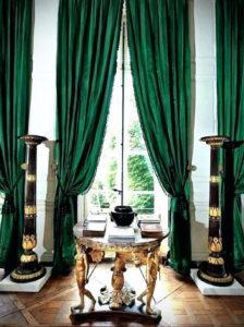 зеленые шторы в интерьере 06.10.2019 №002 -green in the interior- design-foto.ru