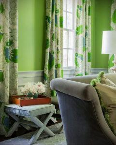 зеленые шторы в интерьере 06.10.2019 №007 -green in the interior- design-foto.ru