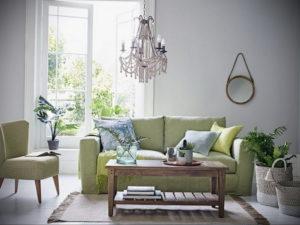 зеленый диван в интерьере 06.10.2019 №004 -green in the interior- design-foto.ru