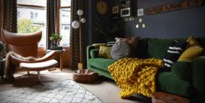 зеленый диван в интерьере 06.10.2019 №010 -green in the interior- design-foto.ru