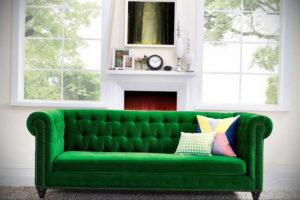 зеленый диван в интерьере 06.10.2019 №029 -green in the interior- design-foto.ru