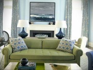 зеленый диван в интерьере 06.10.2019 №041 -green in the interior- design-foto.ru
