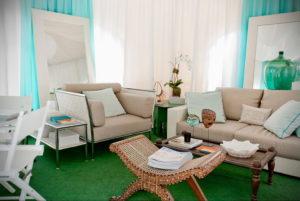 зеленый ковер в интерьере 06.10.2019 №012 -green in the interior- design-foto.ru